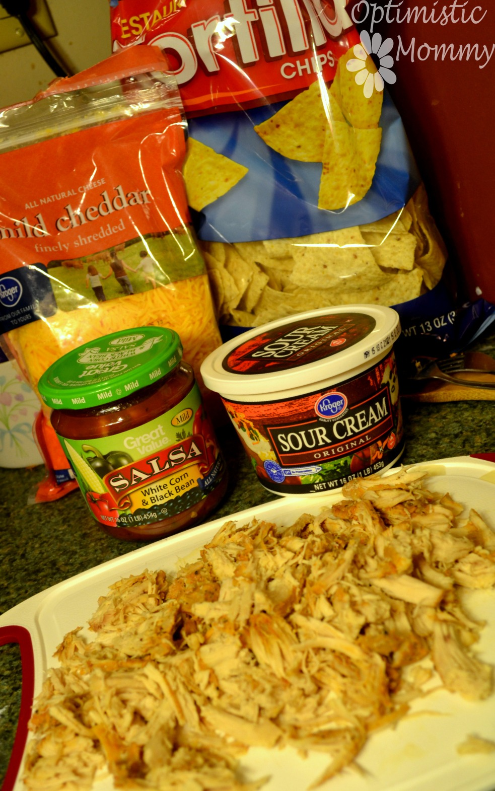 Easy Chicken Nachos | Optimistic Mommy