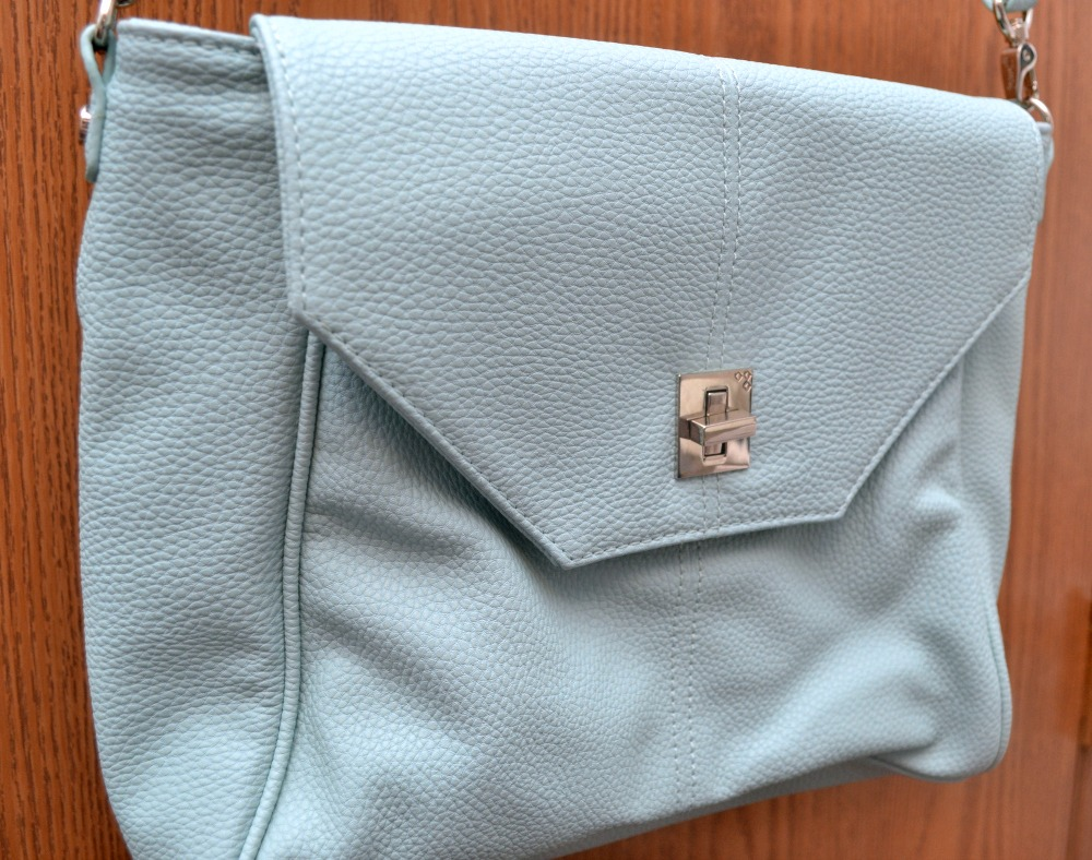 Jewell S Beautiful Love Letter Handbag Optimistic Mommy