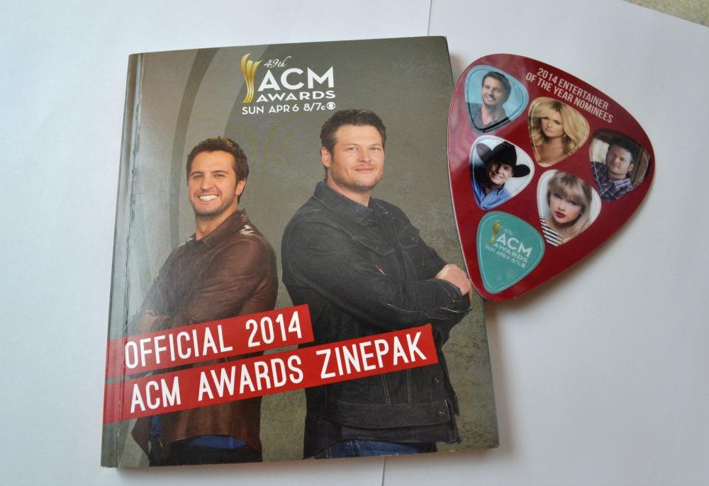 Official 2014 ACM Awards ZinePak Review & Giveaway!  #ACMZinePak | Optimistic Mommy
