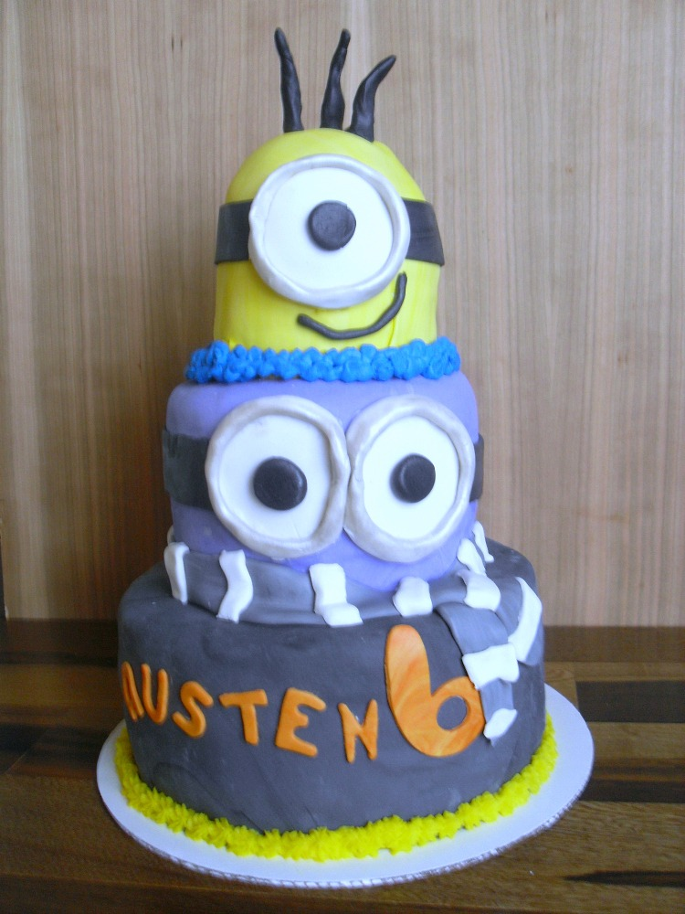 Despicable Me Party Cake Tutorial | Optimistic Mommy