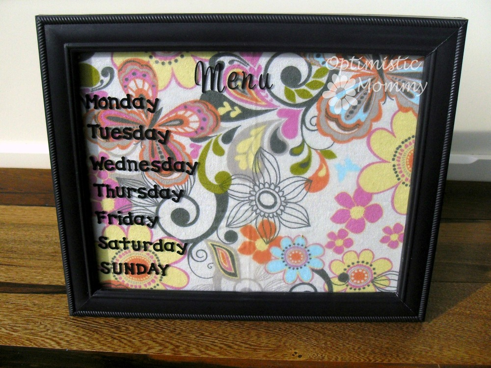 Kitchen Decor - Easy Dry Erase Menu | Optimistic Mommy