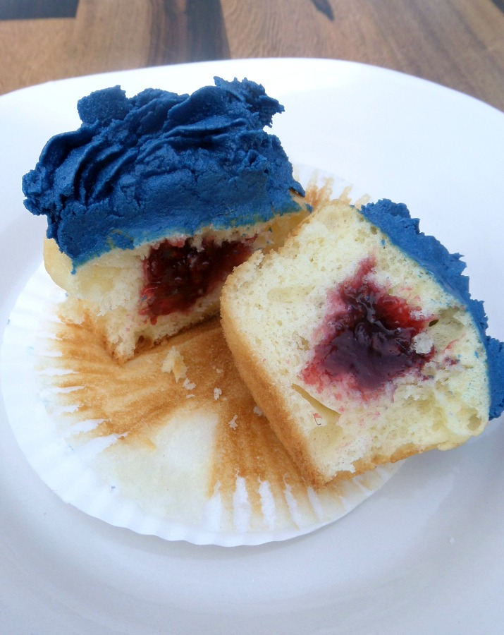 4th of July Printables and Raspberry Filled Cupcake Recipe   Optimistic Mommy