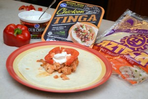 Easy Chicken Fajitas Featuring Azteca No Preservatives Tortillas | Optimistic Mommy