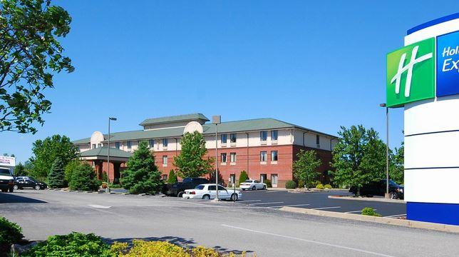 Corydon, Indiana - Holiday Inn Express | Optimistic Mommy