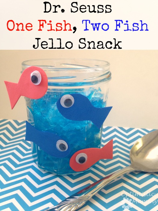 Dr. Seuss One Fish Two Fish Jello Snack - With Dr. Seuss's birthday approaching, why not enjoy some Seuss snacks with your kids? You can make your own Dr. Seuss One Fish Two Fish jello snack just like the one you see here. It only takes a few minutes and it is such an easy snack to create. So gather your ingredients and ask the kids to give you a hand. Things are about to get fun! | Optimistic Mommy