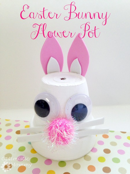 Easter Bunny Flower Pot: Turn an ordinary flower pot into something extraordinary when you craft this Easter bunny flower pot! | Optimistic Mommy