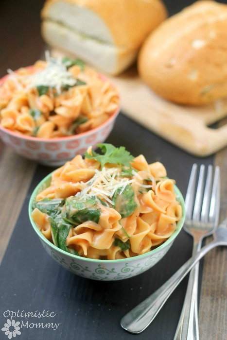 One Pot Creamy Spinach Noodles Recipe   Optimistic Mommy