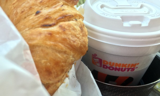 Breakfast Time Can be Anytime at Dunkin' Donuts! #BreakfastWhenevs | Optimistic Mommy