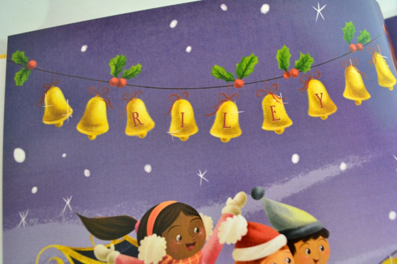 i-see-me-rileys-christmas-sing-along-book-03