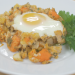 Turkey Sweet Potato Hash with Baked Eggs Recipe + Turkey Twitter Party!