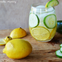 Lemon Cucumber Detox Water
