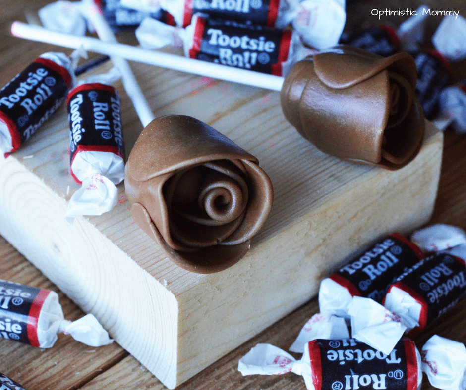 Candy Roses are a super fun and easy way to create an edible gift! These Tootsie Roll Candy Roses are delicious and easy for Valentine's Day!