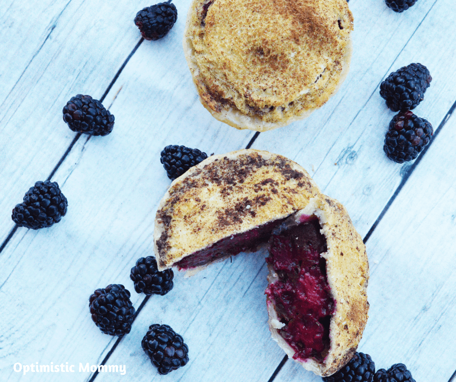 Blackberry Pie takes on a new look in this Mini French Toast Blackberry Pie Recipe! Learn how we incorporated a favorite breakfast into your best desse