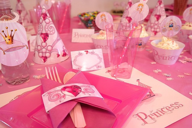 How to Throw a Princess-Themed Party on a Budget