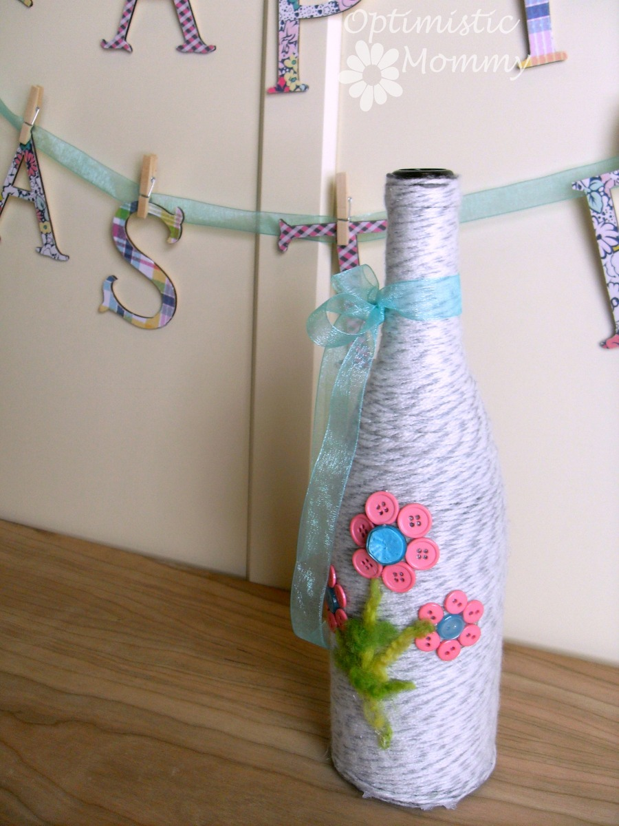 Spring Vase & Easter Banner Tutorial | Optimistic Mommy
