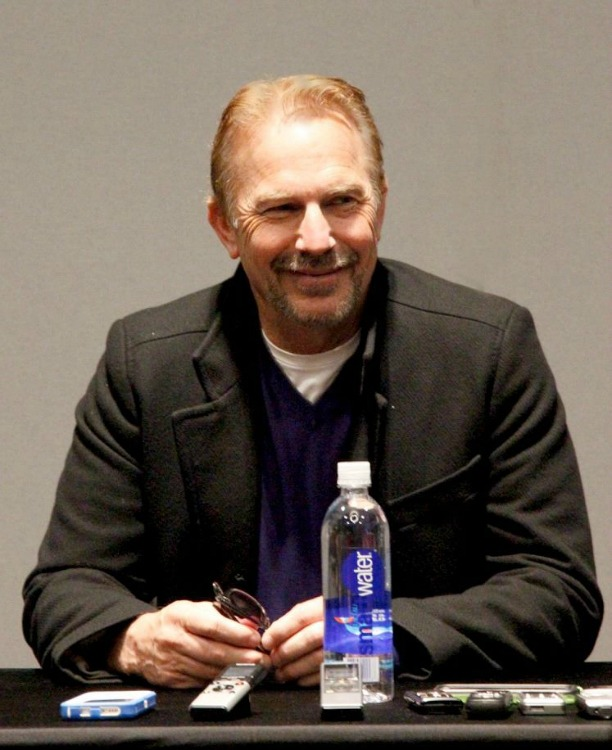 That Time I Interviewed Kevin Costner... #McFarlandUSAEvent   McFarland, USA Interview Exclusive   Optimistic Mommy