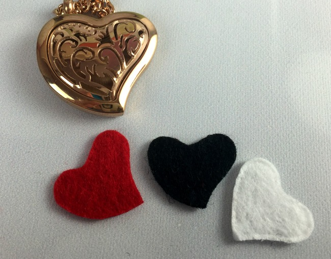 Fine Line Living Essential Oil Necklace Heart Style Pads
