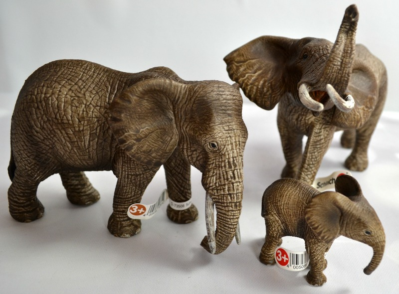 Schleich's Big Adventure at the Water Hole - Giraffe Family and Elephant Family | Optimistic Mommy