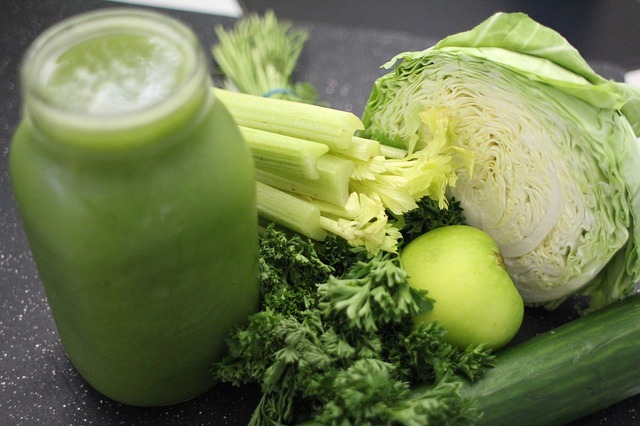 What Should You Consider When Selecting the Best Juicer for Green Juice?