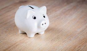 How to Encourage Your Teen to Start Saving Money